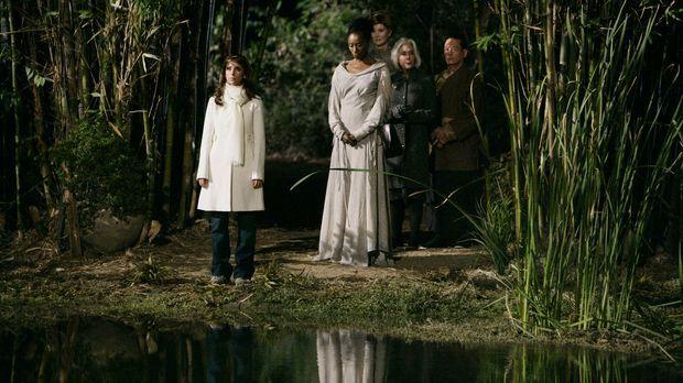In einem nahe gelegenen See werden unzählige Leichen gefunden. Melinda (Jenni...