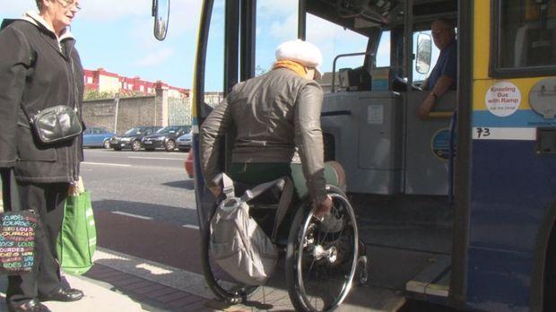 Challenge - Barbara Sima verreist nach Dublin, doch wie kommt die Rollstuhlfa...