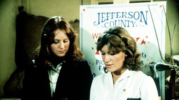 Mary Ellen (Judy Norton-Taylor, r.) und Erin (Mary Beth McDonough, l.) wollen...