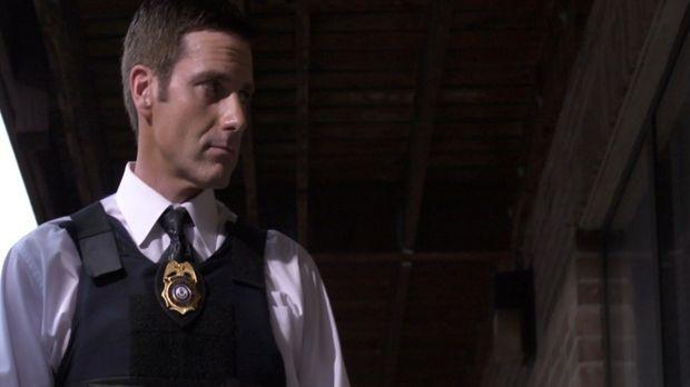 Lt. Joe Kenda (Carl Marino) stellt sich den gefährlichsten, kriminellen Draht...