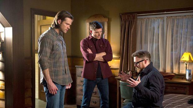 Sam (Jared Padalecki, l.) und Dean (Jensen Ackles, M.) begeben sich nach Wash...