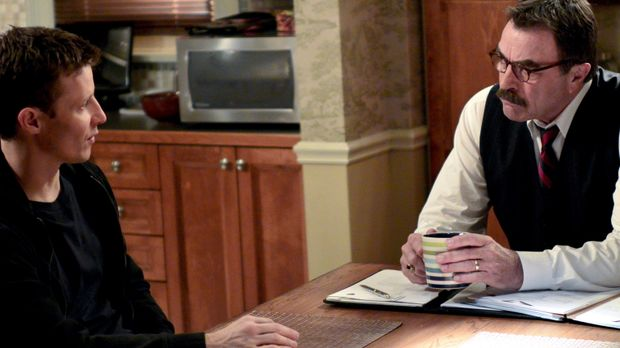 Weil bei einer Verfolgungsjagd ein Gangmitglied stirbt, hat Jamie (Will Estes...