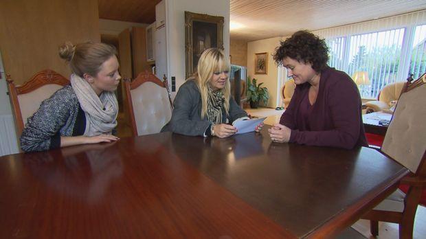 Die Schwestern Angelika und Michelle suchen verzweifelt nach ihrem Bruder Tho...