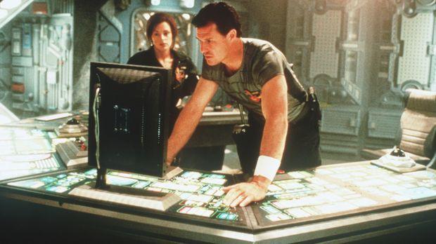 Auch das Diensttagebuch des verschollenen Captains gibt keinen Aufschluss übe...