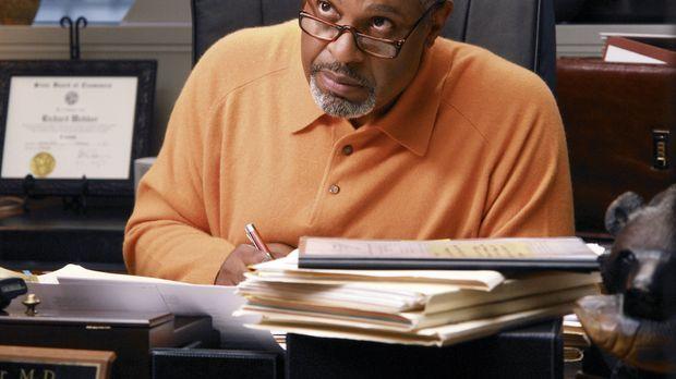 Dr. Bailey Selbstbewusstsein ist erschüttert, weil sie von Webber (James Pick...