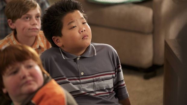 Louis ist ganz aufgeregt, dass sein Sohn Eddie (Hudson Yang) bald seinen erst...