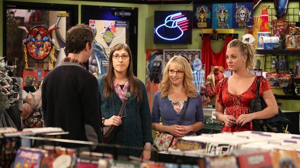 Penny (Kaley Cuoco, r.), Amy (Mayim Bialik, 2.v.l.) und Bernadette (Melissa R...