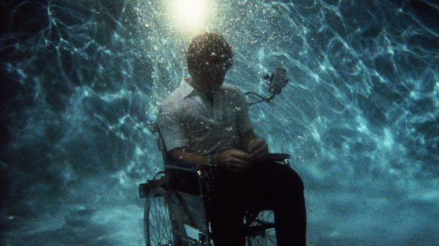 Der schwerbehinderte Scottie (James Troesh) findet sich nicht mehr im Leben z...