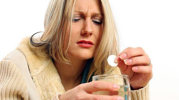 katerfruehstueck-aspirin-tablette-05-28-dpa