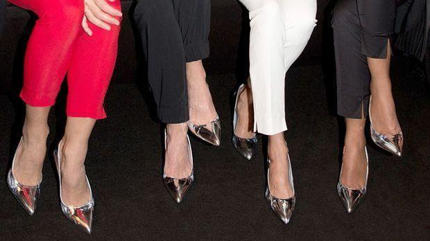 Schuhe-Silber-dpa