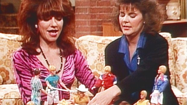 Peggy (Katey Sagal, l.) und Marcy (Amanda Bearse, r.) durchleben gerade eine...