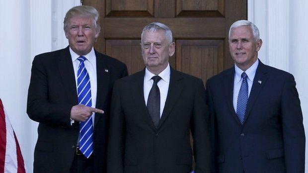 Trump, Mattis und Pence