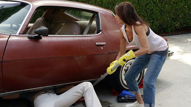 Susan (Teri Hatcher, r.) außer Rand und Band. Sie will sich an Danny (Beau Mi...