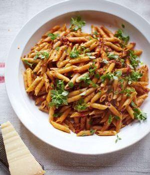 jool 39 s pasta einfaches pasta rezept von jamie oliver. Black Bedroom Furniture Sets. Home Design Ideas