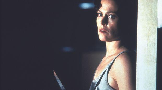 Nachdem die Kriminalpsychologin Helen Hudson (Sigourney Weaver) nur knapp ein...