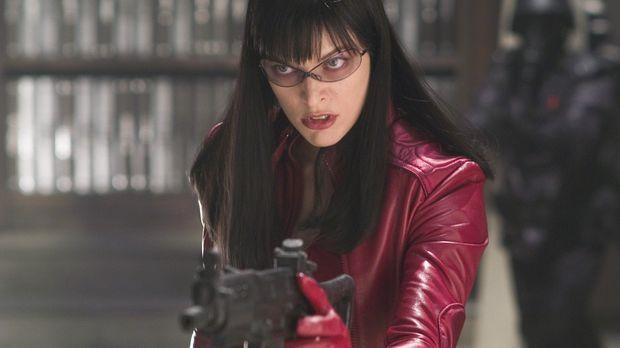 Da Violet Song (Milla Jovovich) ebenfalls von dem genmanipulierten Virus befa...