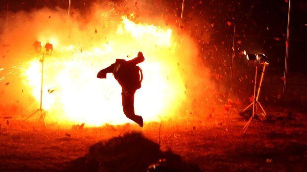 Ist Feuer und Flamme für seinen neuen Auftrag: Jack Robideaux (Jean-Claude Va...
