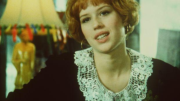 Im Gegensatz zu ihren Klassenkameraden ist Andie Walsh (Molly Ringwald) nicht...