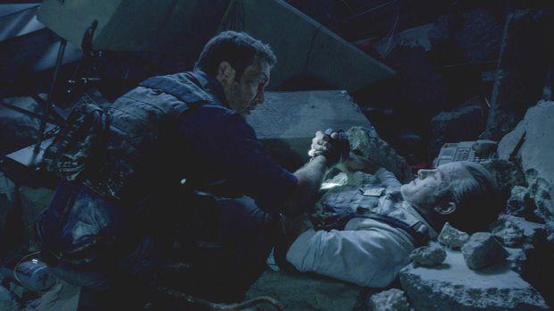 Ein Wettlauf um Leben und Tod beginnt für Danny (Scott Caan, r.) und Steve (A...