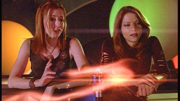 Nachdem Willow (Alyson Hannigan, l.) zufällig die Ratte Amy (Elizabeth Anne A...