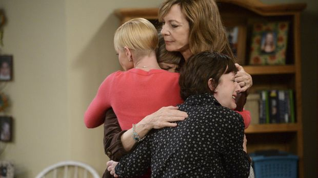 Mit einem Rückfall hat niemand gerechnet. Bonnie (Allison Janney, M.) bekommt...