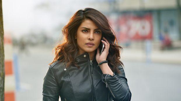 Die Jagd nach dem Terroristen geht in die letzte Runde: Alex (Priyanka Chopra...