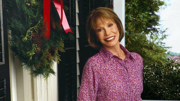Langwährende Familienprobleme haben Miss Lettie (Mary Tyler Moore) zu einer v...