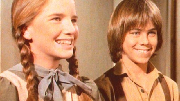 Laura (Melissa Gilbert, l.) freut sich sehr, dass ihr Freund Andrew (Patrick...