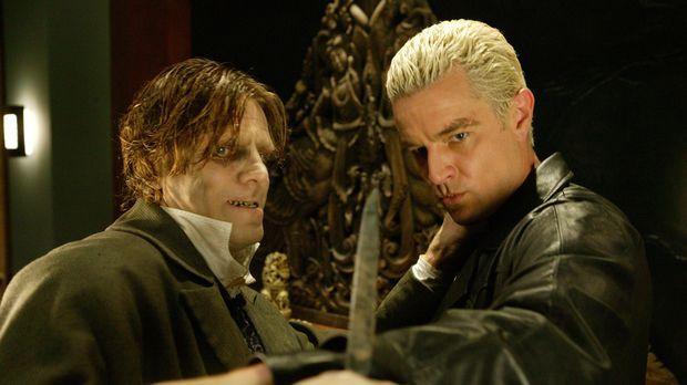 Spike (James Marsters, r.) gerät in die Fänge eines psychopatischen Arztes (S...