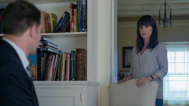 Auch, wenn Janine Skorsky (Constance Zimmer) nach New York geflohen ist, konn...