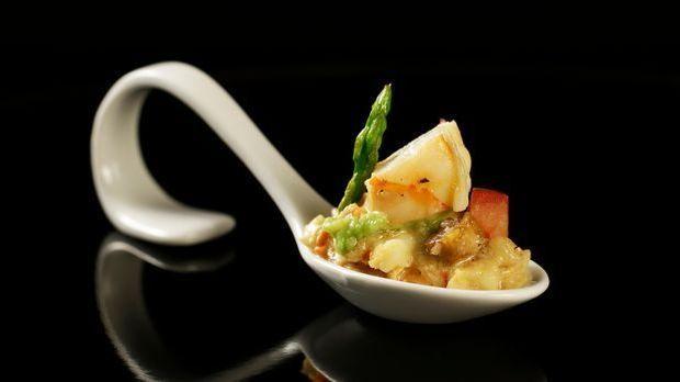 The-Taste-Stf01-Epi01-Casting-Langostino-Curry-Graciela-Cucchiara-01-SAT1