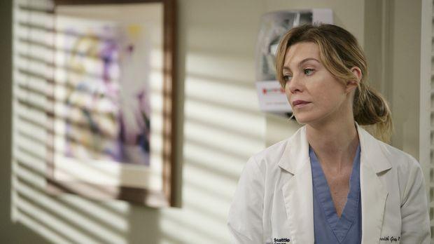 Meredith (Ellen Pompeo) versucht ihre Therapie abzubrechen, was sich jedoch a...