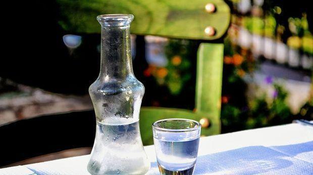 Bei den Russen darf im Bratapfel der Wodka nicht fehlen. Auch sonst untersche...