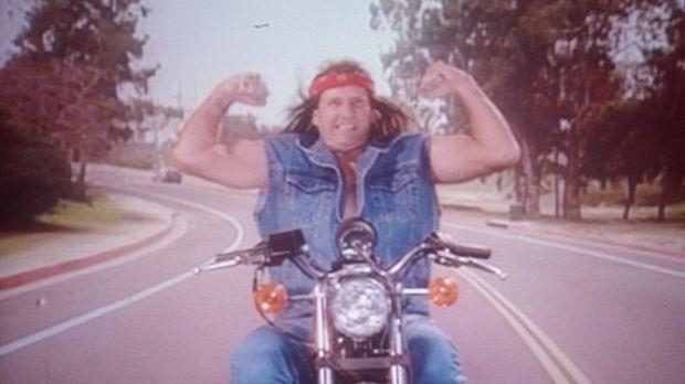 Al (Ed O'Neill) träumt davon, ein cooler Rocker zu sein. © Columbia Pictures