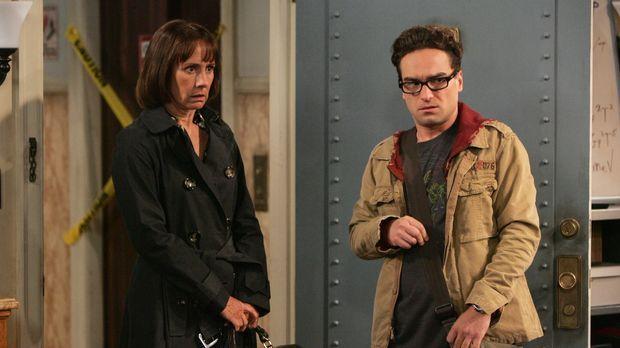 Um Sheldon von seinen merkwürdigen Experimenten abzuhalten und wieder zur Ver...
