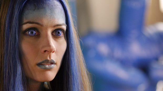 Illyrias (Amy Acker) Rolle ist weiterhin unklar. Während Angel sie für eine G...