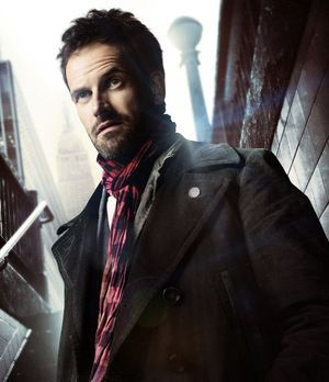 elementary-holmes-300-348-CBS-Television