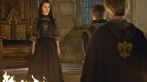 Die neue Regentschaft von Mary (Adelaide Kane, M.) und Francis wird durch den...