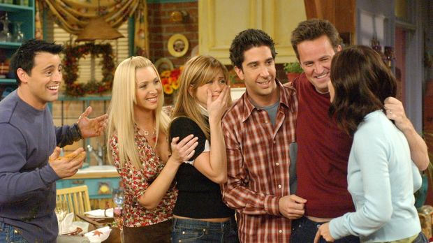 Monica (Courteney Cox, r.) ist ziemlich sauer, weil ihre Freunde, Joey (Matt...
