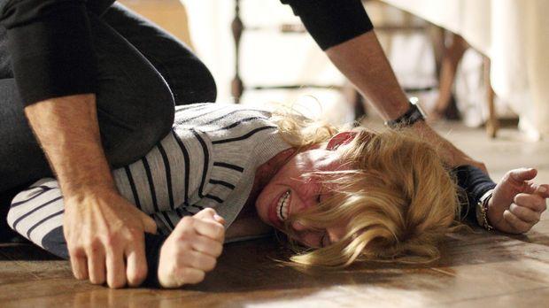Auf der Jagd nach einem eiskalten Mörder gerät Daniella (Stefanie von Pfetten...