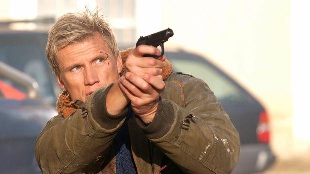 Zeigt seinen Auftraggebern wo der Hammer hängt: Ex-Agent Mike Riggins (Dolph...