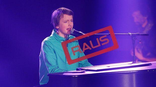 The-Voice-Kids-Stf03-RAUS-Tilman-SAT1-Richard-Huebner