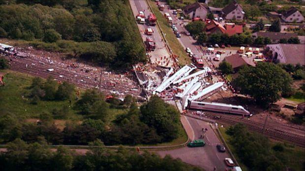 Die größten Tragödien: das verheerende Zugunglück von Eschede ... © kabel eins