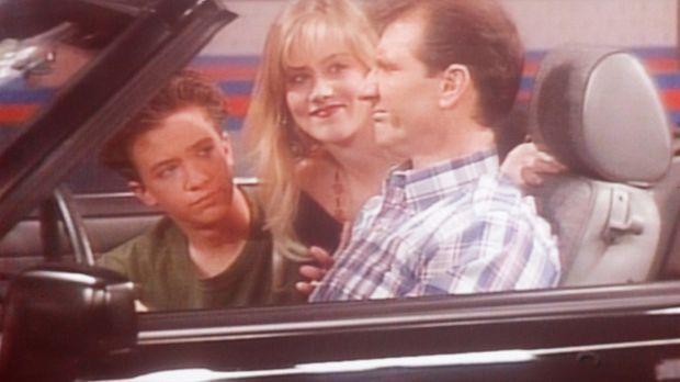 (v.l.n.r.) Bud (David Faustino), Kelly (Christina Applegate) und Al (Ed O'Nei...
