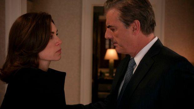 Alicia (Julianna Margulies, l.) sucht nach Antworten über Wills Tod und muss...