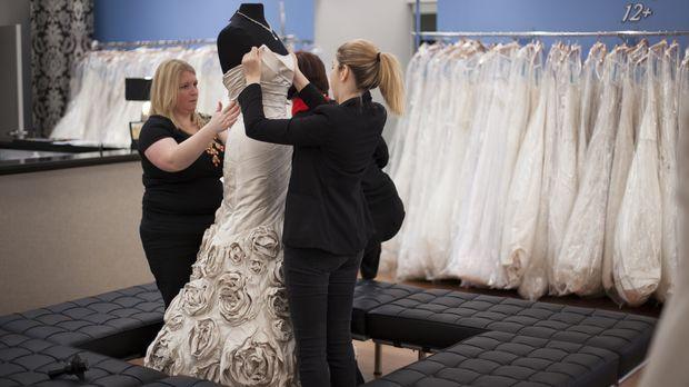 Mit den richtigen Mitteln kann auch ein teures Designer-Kleid für den kleinen...