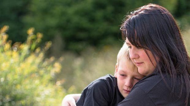 Was Eltern bei Mobbing tun können Fotolia_70099280