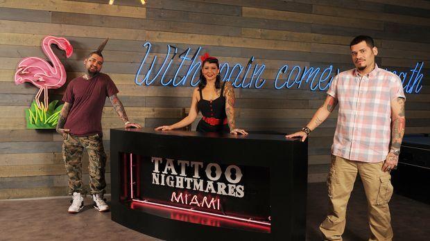 Clint Cummings (l.), Reese Hilburn (M.) und High Noon (r.) sind wahre Tattoo-...