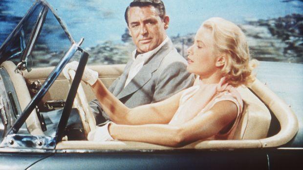 Der ehemalige Juwelendieb John Robie (Cary Grant, l.) freundet sich mit der h...