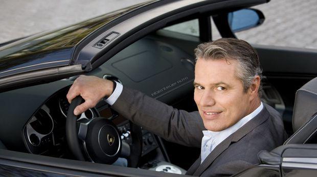 Kompetent, unterhaltend und informativ ist das Magazin 'Abenteuer Auto' mit J...
